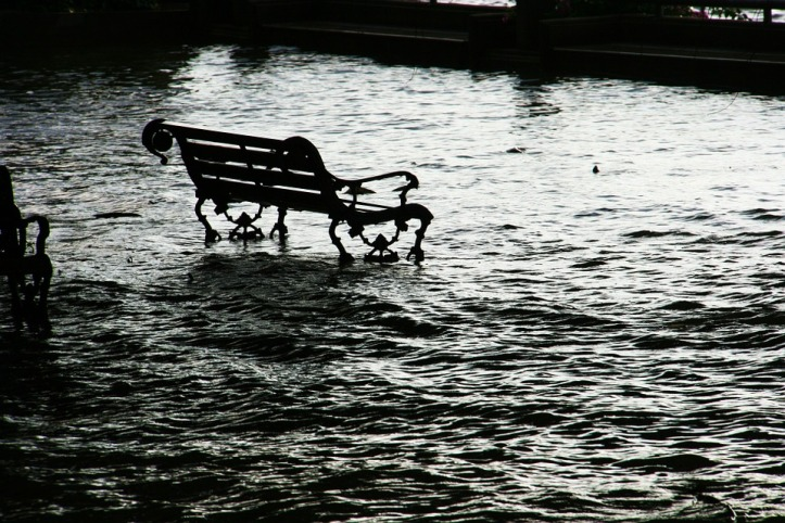 Seat Flooding Chair Bench Flood Water Danger